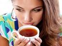 10 lý do bạn không nên uống trà khi bụng đói