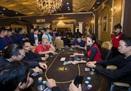 """Poker – trò bài lá ăn tiền ngày càng đông """"tín đồ"""", vì sao chưa thể dẹp bỏ?"""