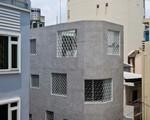 Căn nhà nhiều cửa sổ lạ mắt như lồng chim giữa con hẻm Sài Gòn