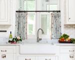 Những mẫu rèm cửa khiến bếp nhà bạn trở nên 'có một không hai'