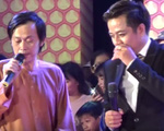Hoài Linh bị hỏng iPad, tụt dép sau vụ ném đá lên sân khấu