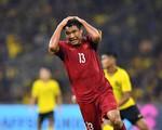 """Trang Trần lên tiếng cực gắt về những fan cuồng """"ném đá"""" Đức Chinh sau nhiều bàn thắng hụt với Malaysia"""