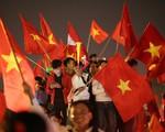 Mỹ Đình biến thành chảo lửa ăn mừng chiến thắng của đội tuyển Việt Nam