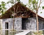"""Ngôi nhà """"mê cung"""" ở Hà Nam xây từ đá vụn và giàn giáo"""