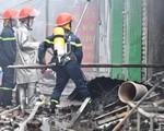 Cháy chợ ở Hà Nội: Tiểu thương hoảng loạn, có gia đình bị cháy hết cả 3 ki-ốt