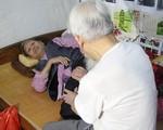 Cụ ông U90 4 năm đi nuôi vợ ở Hà Nội và câu chuyện tình yêu đáng ngưỡng mộ