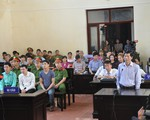 Vụ chạy thận làm 8 người chết: BS Hoàng Công Lương xin giữ quyền im lặng tại tòa