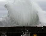 """""""Siêu bão châu Á là siêu bão mạnh nhất thế kỷ: Không nơi nào ở Nhật an toàn trước cơn bão này"""""""