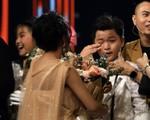Thí sinh The Voice Kids từ hạnh phúc tới khóc nức nở vì sai sót của MC