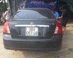 Tài xế lái ôtô bỏ chạy sau khi gây tai nạn