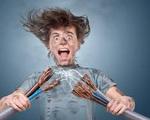 Sai lầm khi sử dụng điện khiến đồ điện trong nhà chập cháy như cơm bữa mà không ít người mắc