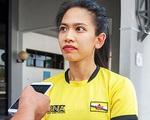 Công chúa Brunei đeo băng đội trưởng ở Sea Games 30 gây sốt khi mang theo vệ sĩ