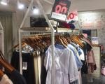 'Điên người' vì chiêu khuyến mãi một đằng giảm giá một nẻo của các cửa hàng ở Việt Nam ngày Black Friday