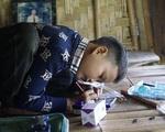 Cậu bé 10 tuổi sống cô độc trong rừng ở Tuyên Quang sẽ được theo học nội trú