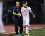 Bố Quang Hải hồi hộp, lo lắng về thông tin con trai sẽ vào sân khi tình trạng sức khỏe chưa cải thiện