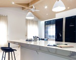 Ngôi nhà 2 tầng mái dốc với trần bằng gỗ 'ẩn mình' trong căn hộ chung cư 103m² ở Hà Nội