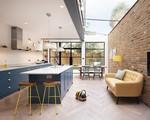 Chỉ với 3 vật liệu đơn giản, kiến trúc sư đã giúp ngôi nhà chật chội này trở nên thoáng, sáng rất tài tình