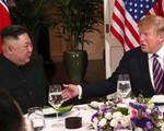 Tổng thống Donald Trump viết Twitter: 'Bữa tối tuyệt vời cùng ông Kim Jong Un ở Hà Nội'