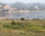 Phó Thủ tướng gửi lời chia buồn đến gia đình 8 học sinh đuối nước ở Hoà Bình