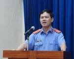 Truy tố nguyên Viện phó VKSND Đà Nẵng Nguyễn Hữu Linh vụ nựng bé gái trong thang máy