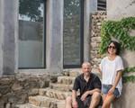 Mất 6 năm công sức, đôi vợ chồng trung niên đã cải tạo thành công căn nhà cấp 4 cũ kỹ thành không gian sống thân thiện yên bình