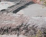 Thiếu phụ tử vong do sụt xuống hố bùn trong bãi quặng