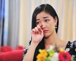'Vợ Ba' dừng chiếu vì cảnh 18+ gây tranh cãi, Maya khiến ai cũng choáng vì kêu gọi điều này