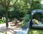 Mong muốn con sống một đời bình an, người mẹ trẻ rời thành phố về ngoại ô xây nhà vườn rộng 1000m² với bể bơi và cây xanh đẹp như mơ