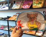 Gần 1 triệu đồng một chiếc túi xách tại Nhật chẳng khác gì bao đựng thức ăn chăn nuôi của Việt Nam