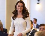 Bị chê lép vế tình địch, Công nương Kate bất ngờ gây sốc với nhan sắc đẹp như nữ thần