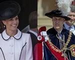 Vận đen Hoàng gia: Cụ bà 83 tuổi bị ngã phải nhập viện có liên quan đến vợ chồng Hoàng tử William