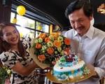 Dòng chữ xúc động của NSƯT Trung Anh Về nhà đi con dành cho con gái - diễn viên Bảo Thanh