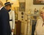 Không xinh đẹp lộng lẫy như mẹ kế con chồng nhà Trump nhưng vợ Thái tử Charles lại nổi như cồn vì việc này