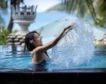 Thanh Vân Hugo khoe dáng với bikini