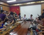 Bệnh viện Bạch Mai thông tin tới báo chí về lo ngại nhiễm độc sau vụ cháy nhà máy phích nước Rạng Đông