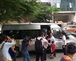 Bé lớp 1 tử vong vì bị bỏ quên trên xe đưa đón: Giật mình mối liên kết giữa phụ huynh và nhà trường