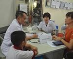 Rạng Đông xin lỗi dân về vụ cháy, 53 người phải đi điều trị sau ngày khám đầu tiên