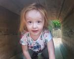 Bé gái 3 tuổi chết trong vòng tay mẹ chỉ vì bị chẩn đoán nhầm ung thư với táo bón