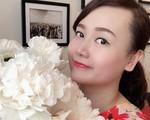 Ngày 20/10 ghé thăm không gian sống quanh năm thơm ngát hương hoa của người phụ nữ Hà Thành