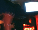 Bị lừa vào quán karaoke, bé gái 11 tuổi bị 6 người cưỡng hiếp