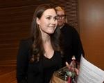 Nữ thủ tướng trẻ nhất Phần Lan gây sốt dư luận: Một bà mẹ bỉm sữa xinh đẹp không tỳ vết cùng góc khuất gia đình ít ai biết
