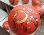 Nhà nhà người người mua loại bưởi biểu tượng cho sự sung túc về chưng Tết mong vận may đến trong năm mới