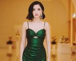 NSND Hồng Vân, Bích Phương dừng show, nhóm nhạc Hàn WINNER vẫn diễn bất chấp virus corona