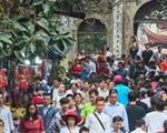 Các chùa tạm dừng tổ chức lễ hội, khuyến khích phát khẩu trang cho nhân dân, phật tử