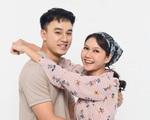 """Diễn viên Hương Giang nói gì về """"nụ hôn màn ảnh"""" đầu tiên với bạn diễn ít tuổi trong """"Cô gái nhà người ta""""?"""