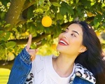 Phạm Hương chăm được một khu vườn trĩu quả bên Mỹ mà bất cứ 'nông dân thành phố' nào cũng phải mê