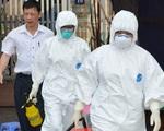 Hai nhân viên y tế Bệnh viện Bạch Mai mắc COVID-19