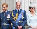 Nhà Công nương Kate bị tố 'gian lận' với em chồng trong cuộc cạnh tranh 'ai nổi tiếng hơn ai' ?