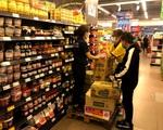 Bình ổn thị trường hàng hóa, đảm bảo cung cấp đủ nhu yếu phẩm cho người dân