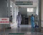 Lào Cai cách ly thêm 4 người Anh cùng chuyến bay với BN17 nhiễm COVID-19